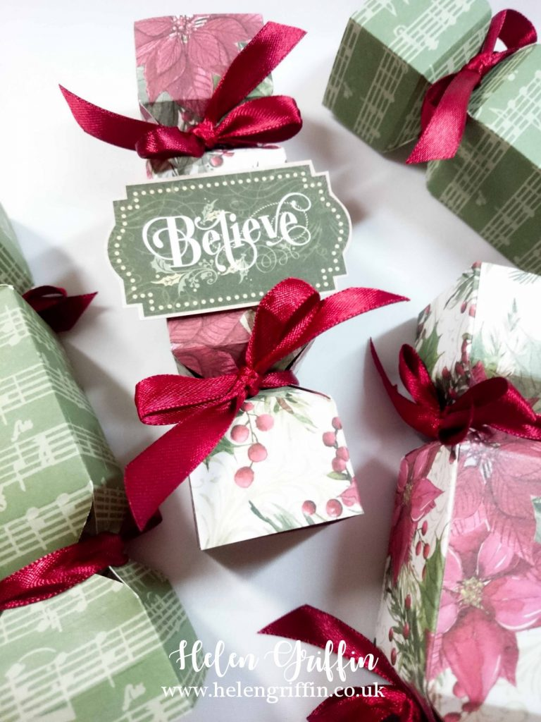 Christmas In July Party Favors.Christmas In July 2019 Day 1 Mini Christmas Crackers For