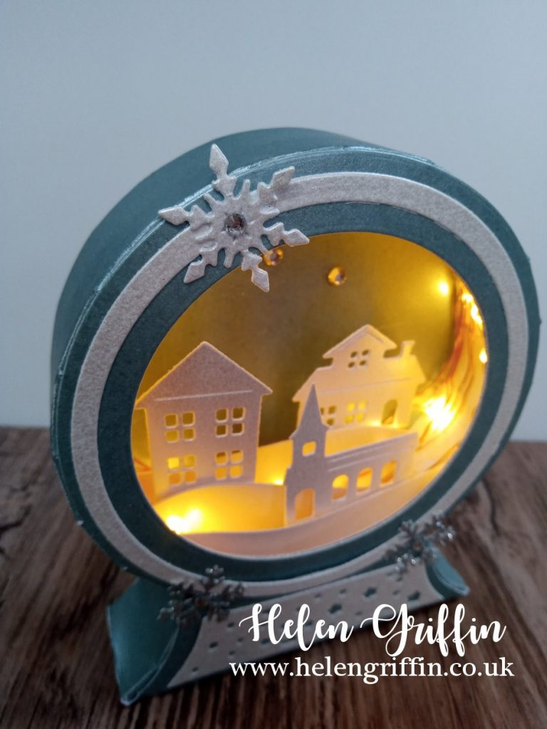 Helen Griffin UK Light Up Ornament Day 2 - 2
